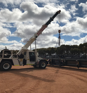 Loading Air Seeder Bar Wheatbelt Region, Loading Scrap Metal Bin Merredin, Mining Shutdowns Nungarin